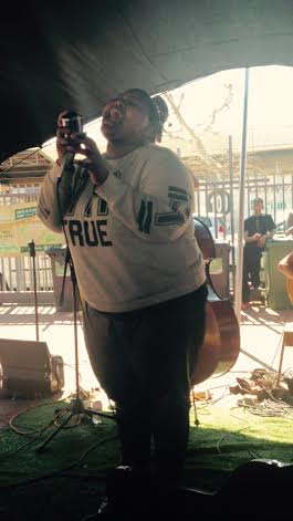 Incredible vocals of the band at the Biscuit Market