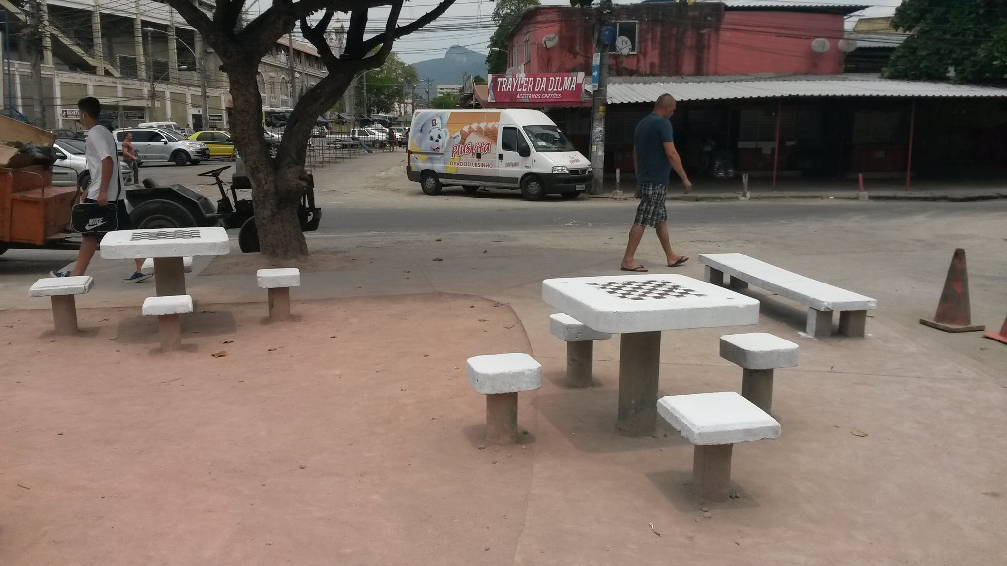 benches 2